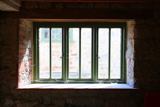640px-WaterMill_Window_LymeRegis