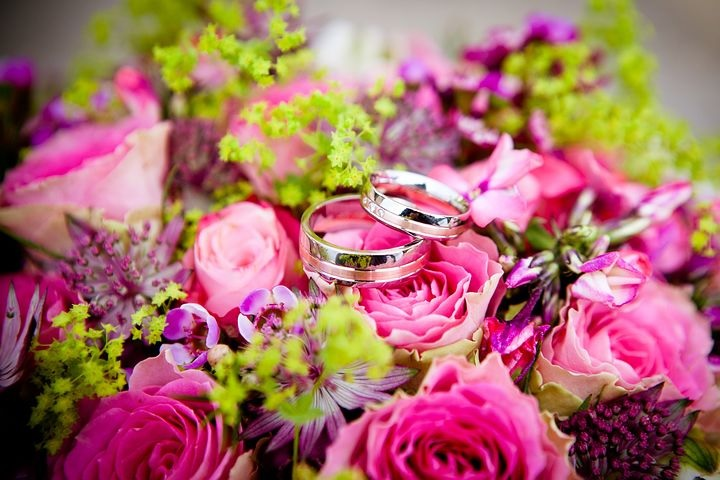 In this post, we share some Wedding Colour Combos You've Never Seen